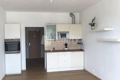 Prodej cihlového byt 1+kk s balkonem, Ivančice, Ev.č.: 01121