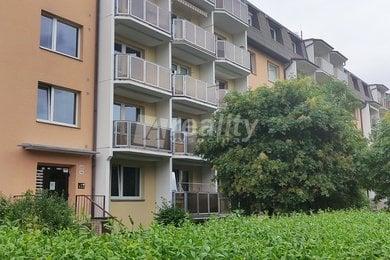 Prodej bytu 2+1 s lodžií, Třebíč - Nové Dvory, Ev.č.: 01173