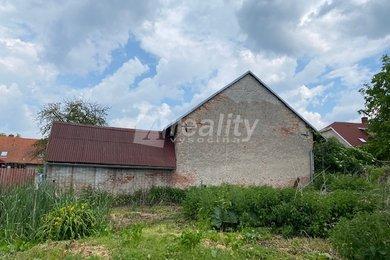 Prodej zemědělské usedlosti 1.151 m2 s velkou zahradou 2791 m2 na Kutnohorsku, Ev.č.: 01180