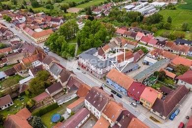 Prodej jedinečného domu, 2203m² - Lišov, Ev.č.: 01182