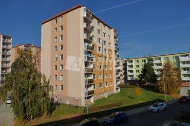 Prodej bytu 3+1 s balkonem, 76 m2, Třebíč, Nové Dvory, Ev.č.: 01185
