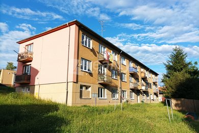 Pronájem bytu 2+1 s balkonem, Náměšť nad Oslavou, Ev.č.: 01205
