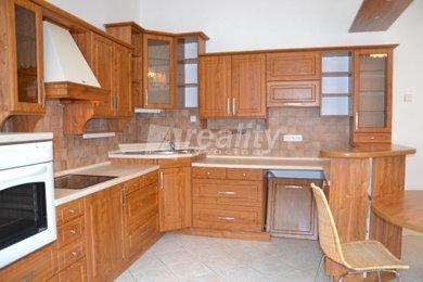 Prodej řadového rodinného domu s garáží a menší zahradou, Třebíč - Stařečka, Ev.č.: 01206