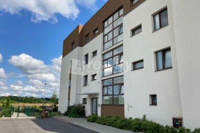 Prodej bytu 1+kk, 36m² - Rožnov, České Budějovice 7, Ev.č.: 01215