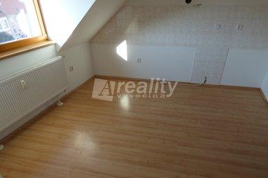 Pronájem mezonetového bytu 3+kk, 67 m2, Náměšť nad Oslavou, Ev.č.: 01245