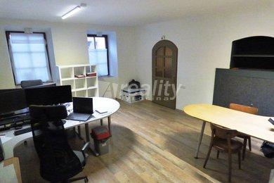 Pronájem komerčních prostor, 44 m2, Třebíč - centrum, Ev.č.: 01294