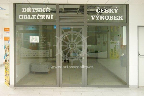 Pronájem obchodní jednotky v OC MLÝN, Tišnov, UP 26 m²