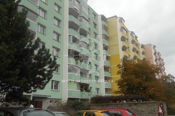 Prodej prostorného bytu v  OV  3+1 ul.Na Loučkách,Kuřim okr.Brno venkov CP 75 m²