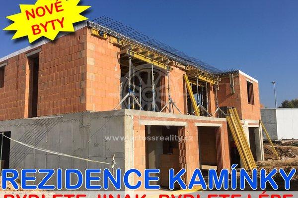 Prodej novostavby bytu 4+1 s balkonem a zahradou, Rosice, UP 94 m2