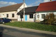 Prodej rodinného domu 4+1 se zahradou, obec Pohořelice -Cvrčovice , Brno-venkov, CP 636m2