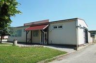 Prodej obchodního prostoru, Újezd u Brna, UP 166 m² + parkoviště 121 m2