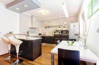 Prodej, Rodinného domu 4+kk s garáží a zahrádkou,Brno - Slatina, CP 226 m2