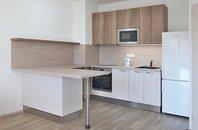 Pronájem bytu 2+kk s lodžií a garážovým stáním, Šlapanice, ul. Brněnská pole,  UP 45,2 m² + lodžie 4,8 m2