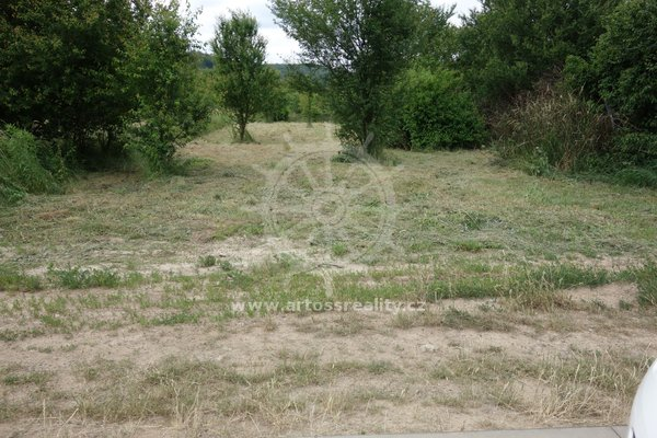 Prodej pozemku pro stavbu RD, 945 m²  a to včetně podílu na příjezdové cestě - Bílovice nad Svitavou