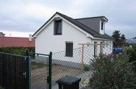 Novostavba samostatně stojícího rodinného domu se zahradou, Babice nad Svitavou, okres Brno - venkov