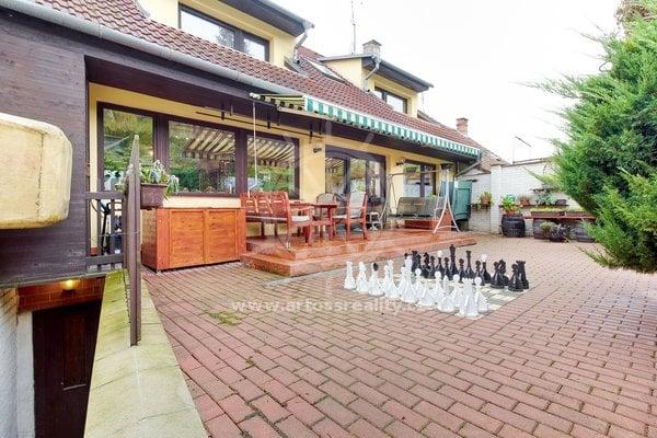 Prodej, Rodinné domy, 281m² - Brno - Mokrá Hora