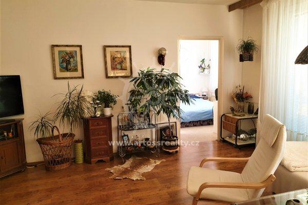 Prodej bytu 3+1, OV, 83 m2, Brno - Líšeň, krásné a klidné místo s parkováním