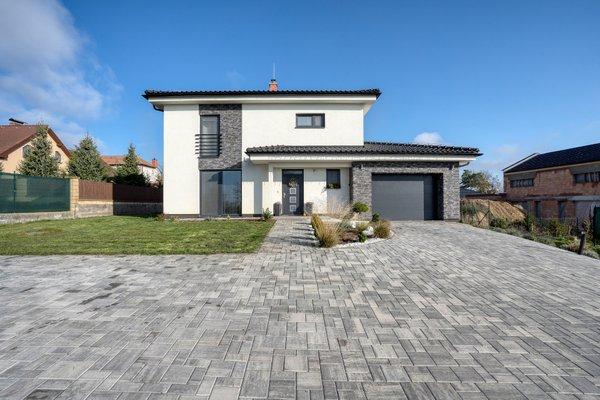Prodej, Rodinný dům 5KK s garáží, CP 2000 m² - Rudíkov