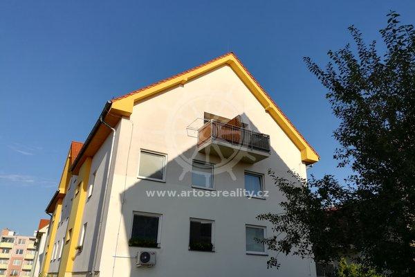 Prodej mezonetového bytu v OV o dispozici  3+kk - 76m² + 4m² balkon - Šlapanice - ulice Švehlova