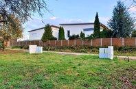 Atraktivní stavební pozemek pro stavbu tří samostatně stojících rodinných domů, Bílovice nad Svitavou, 4476 m2
