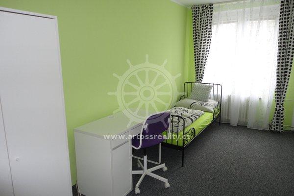 Pronájem bytu 3+1 s lodžií,  Brno - Bohunice, CP 72m2