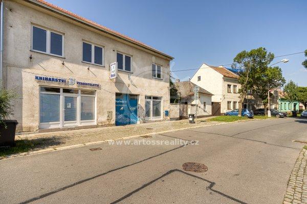 Prodej obchodního prostoru UP 840m2, ulice Řepčínská, Olomouc - Řepčín