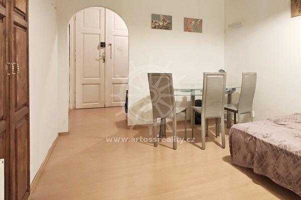 Pronájem bytu 3+kk v centru Brna na ul. Jánská, UP 73m²