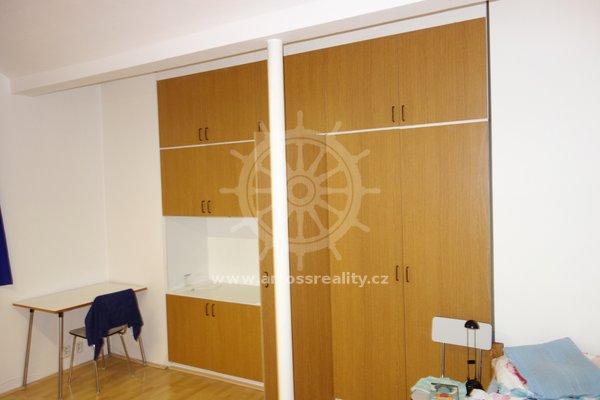 Pronájem bytu v OV 1+1, Žabovřesky, ul. Královopolská, UP 24  m²