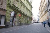 Pronájem dvoupatrového obchodního prostoru v centru Brna na ul. Jánská, CP 63m²
