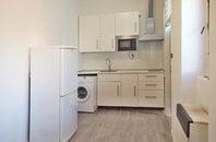 Pronájem vybaveného bytu 1+kk, Brno - střed, ul. Vodní, UP 14 m² + sdílená koupelna
