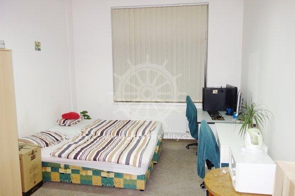 (P06-5) Pronájem vybavený pokoj, Brno - Královo pole, ul. Palackého třída, UP 21 m2,