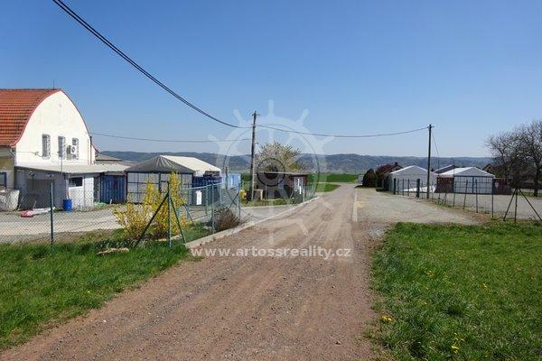 Prodej, komerční pozemek, Pamětice, okr. Blansko, CP 1596 m² - Pamětice