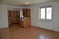 Pronájem bytu 3+kk se zahrádkou, 79 m², ul. 9. května, Vyškov