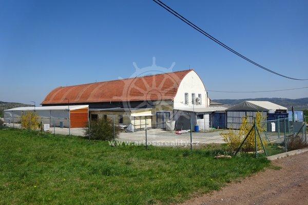 Prodej skladu, Pamětice, okr. Blansko - CP 3887m²