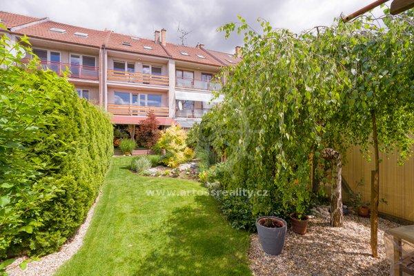 Prodej rodinného domu 7+1 se zahradou a garáží, na ulici Křehlíkova, Brno-Slatina, CP 251m2
