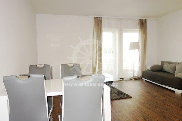 (501A) Pronájem, zařízený byt 2+kk, 58m² s balkonem 5 m2, - Brno, ul. Bratislavská