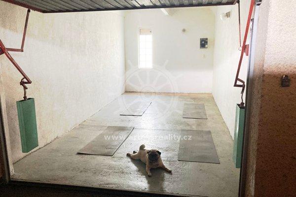 Pronájem zděné garáže v Bohunicích na ul. Ukrajinská, 19 m²