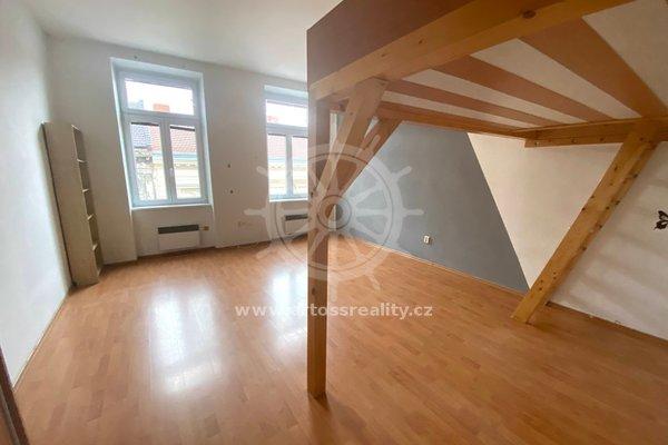 Pronájem byt 1+kk, 32 m² - Brno, Spolková ulice