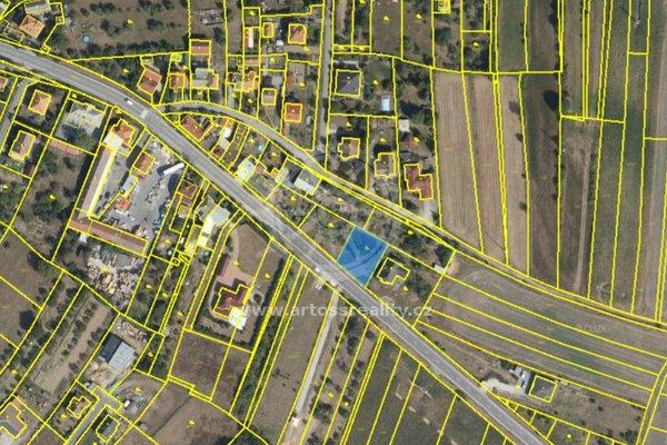 Prodej pozemku určeného ke stavbě rodinného domu 733 m2 ve Velké Bíteši