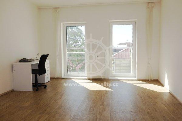 (101B) Pronájem plně vybaveného bytu 1+1 poblíž centra Brna, ul. Bratislavská, UP 42 m2