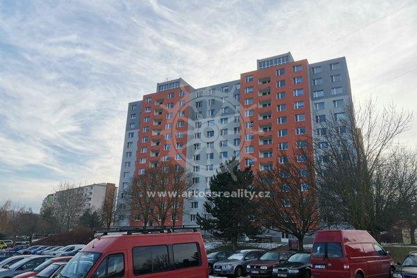 Pronájem, Byty 3+1, 76m² - Brno - Bystrc, ulice Rerychova 4, částečně zařízeno, prostorná lodžie 3,7m2