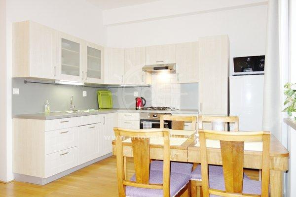 Pronájem Bytu 2+1, 63 m² + balkon 5 m2, Brno - Černá Pole. ul. Břenkova
