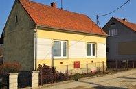 Prodej rodinného domu 1+1, Olomučany,  okr. Blansko, CP 569 m² - Olomučany