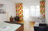 (41/9) Pronájem krásného zařízeného bytu 1+1, 40 m2 s balkonem. Brno, ul. Pekařská
