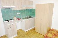 (ŠM10) Pronájem pokoje 17 m2 v bytě 2+0 58 m2 se samostatnými pokoji s vlastní kuchyňkou 1 - Brno - Židenice, ul. Šámalova