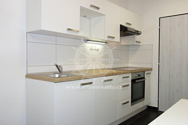 (501B) Pronájem nového vybaveného bytu 1+1 v centru Brna, ul. Bratislavská, UP 42 m2