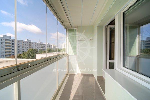 Prodej bytu 2+kk 50 m² se zasklenou lodžií - Brno-Nový Lískovec