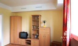 Pronájem bytu 1+1, Brno - Pisárky, cihlový dům, kompletně zařízený, ulice Neumannova