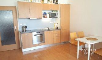 Prodej pěkného bytu 1+kk, Brno Medlánky, balkón, novostavba, zařízený, vhodný na investici, ulice K Babě