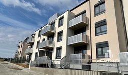 Pronájem, Byt 2+kk, 42m² + balkón, vč. garážového stání - Střelice